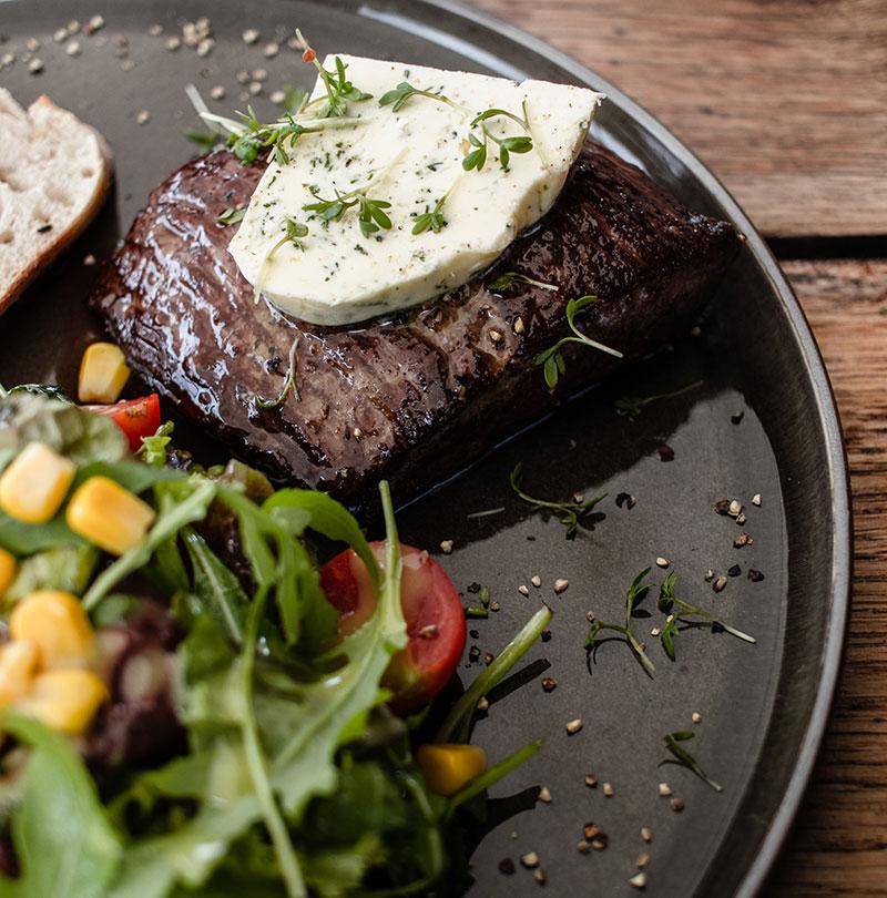 gastronomisches konzept im restaurant die farm